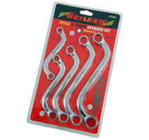 S-Shaped Spanner Set